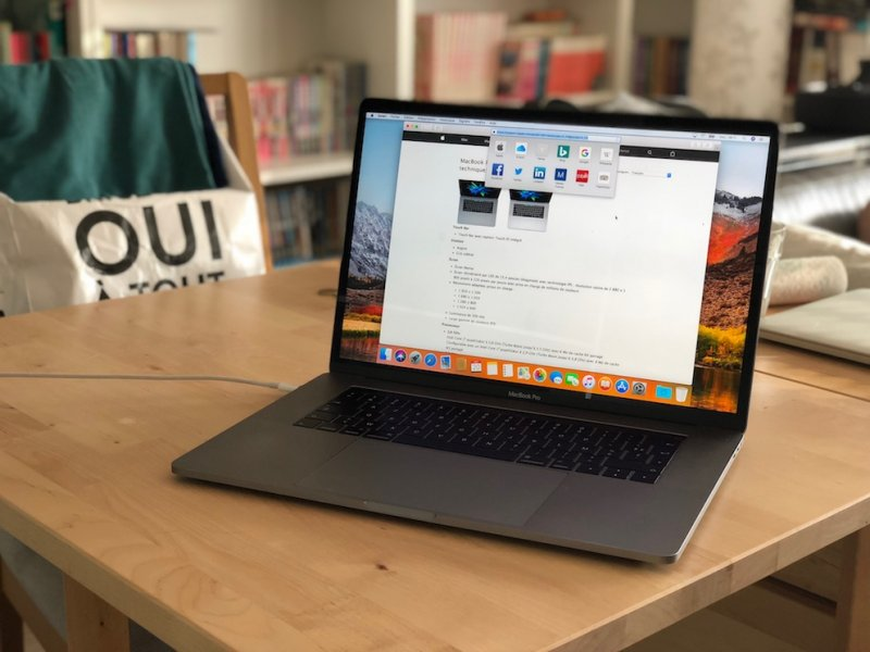 MacBook Pro 15 — 2016 — Touch Bar — Gris sidéral