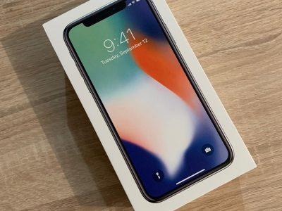 IPhone X Argent 256Go tout opérateur + Applecare