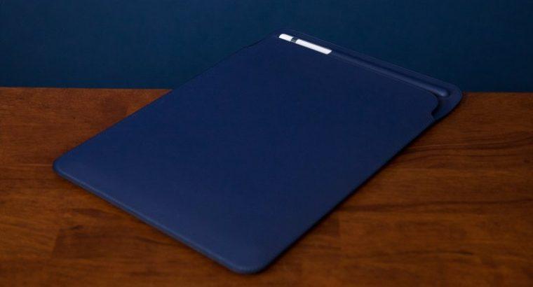 "iPad Pro 10,5"" 64GO Gris sidéral + Apple Pencil"