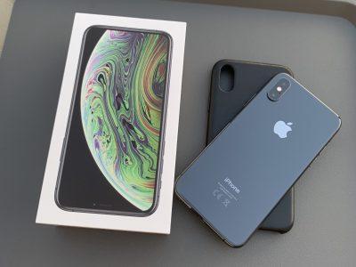 iPhone XS 64GO