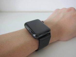 Apple Watch series 4 Space Black GPS + Cellulaire
