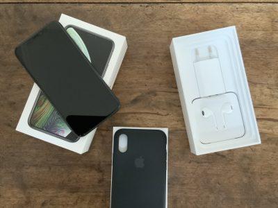 Apple iPhone Xs – 64 Go – Gris Sidéral Désimlocké