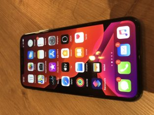 iPhone XS 256 Go gris sidéral avec Apple Care+