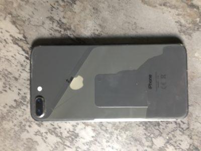 Vends iPhone 8 / 256 Go gris