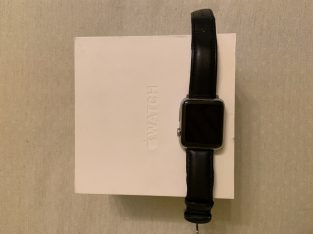 Apple Watch 42 mm Acier Saphir