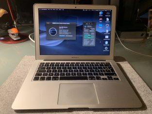 MacBook Air Mi-2012