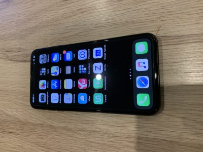 iPhone XS Max 64Gb gris sidéral bon état