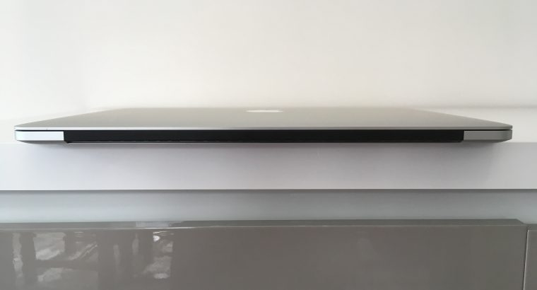MacBook Pro Retina 15″ i7 2,5Ghz SSD 512Go 16Go