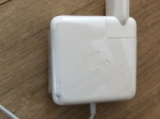 Chargeur MacBook Pro comme neuf
