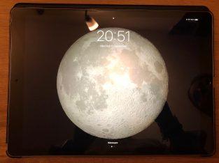 iPad Pro 12,9 Wifi/ 4G 256Go + smartkeyboard