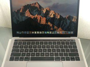 MacBook Pro 15.4» Intel Core i7 et accessoires