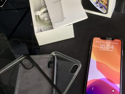 iPhone Xs Max Gris Sidéral 256 Go COMME NEUF