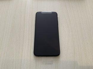 iPhone XS 64 go sous garantie noir