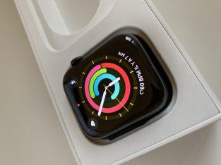 Apple Watch série 4 44 mm acier inoxydable