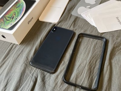 iPhone XS Max 64Go Gris Sidéral Comme Neuf