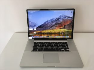 MacBook Pro 17″ Core i7 2,4Ghz – SSD 960Go – 16Go