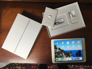 Vend iPad Air 2 – 64 Go – Wifi Cellulaire – Argent