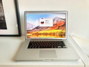 MacBook Pro 15″ – Écran High Resolution Antiglare