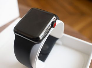 Apple Watch Series 3 42mm acier Noir GPS+Cellular
