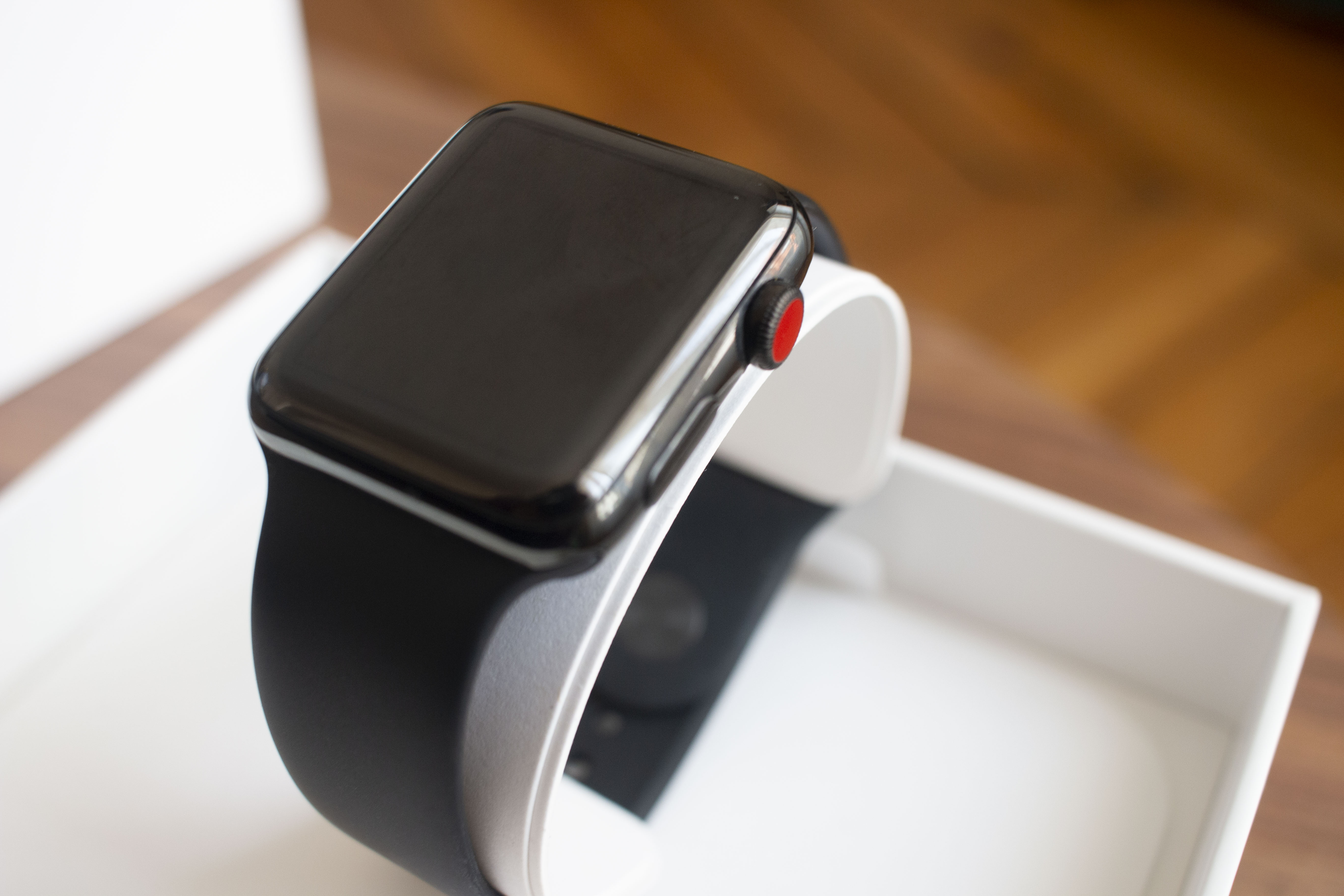 Apple Watch Series 3 42mm acier Noir GPS+Cellular