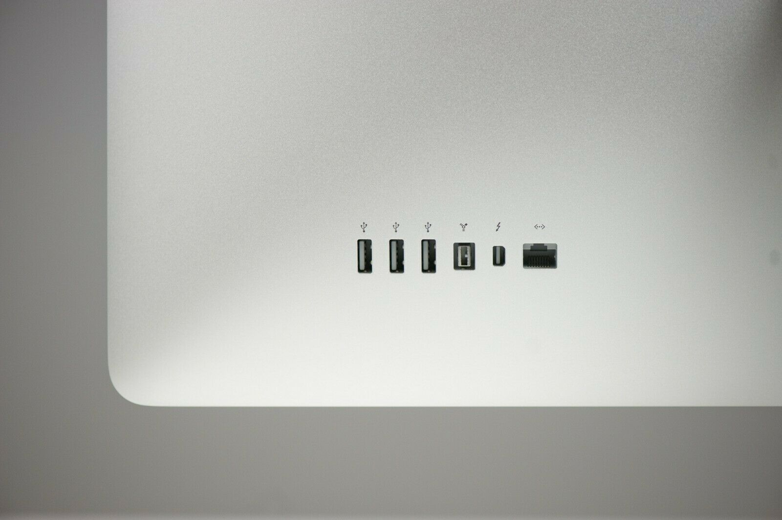 Ecran 27″ Apple Cinéma Display Thunderbolt +USB