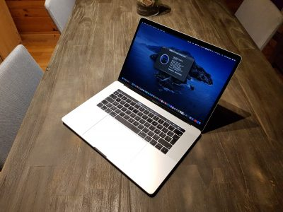 Macbook pro 2018 i9 1Tb 32Gb Vega 20