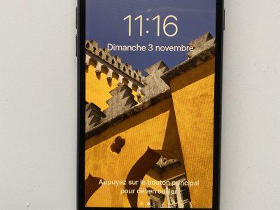 iPhone 7 128Go très bon état + housse cuir Apple