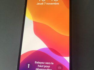 iPhone X 256 go état neuf