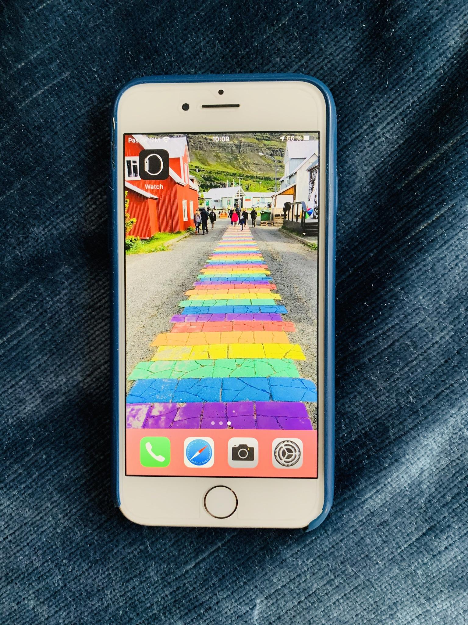 Vends iPhone 8 256 Go Silver Excellent état