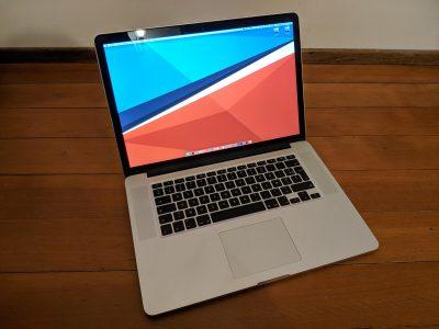 Apple MacBook Pro 15″ Retina, i7 /16Go RAM / 256Go