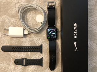 Apple Watch Nike Série 4 GPS Alu Gris Sidéral