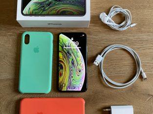 iPhone XS Gris Sidéral 256Go Garantie + accessoire