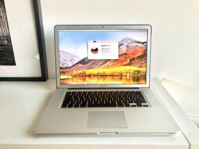 MacBook Pro 15″ – Écran Mate High Resolution Antig