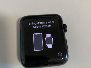 Apple Watch Series 3 42mm acier inoxydable Noir si