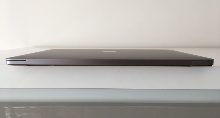 MacBook Pro Touch Bar 13 – i7 3,5Ghz SSD 1To 16Go