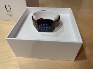 Apple Watch S.3 inox Space Blk + brac. cuir Apple