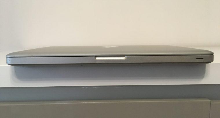 MacBook Pro 13″ Core i5 2,3Ghz SSD 240Go RAM 8Go