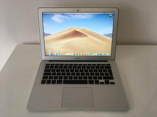 MacBook Air 13″ Core i5 1,8Ghz – SSD256Go – RAM4Go