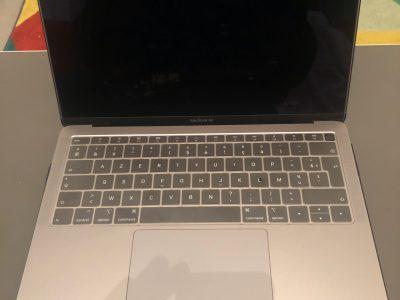 MacBook Air Retina 2018 – i5 / 8 Go / 256 SSD