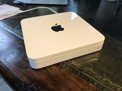 Borne AirPort – APPLE Time Capsule – 3 TO (4e Gen)