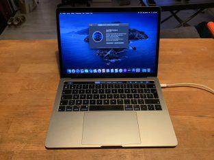 MacBook Pro 13″ 2018 TouchBar – 256Go 8Go 2.3Ghz