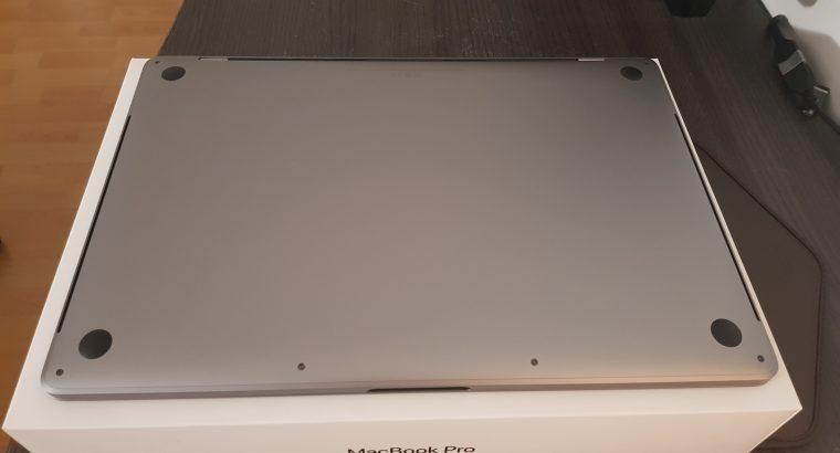 MacBook Pro 15 pouces Touch Bar/ID 2018