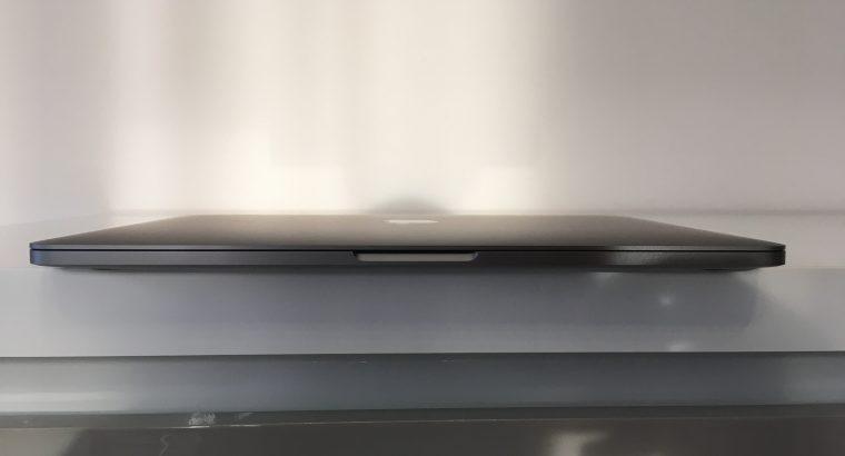 MacBook Pro Touch Bar 13 i5 3,1Ghz SSD256Go RAM8Go