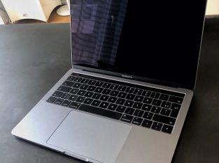 MacBook Pro 13 – i7 – 16go – SSD 512