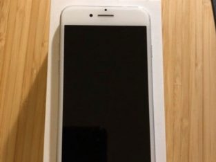 iPhone 7 argent/silver 128Go