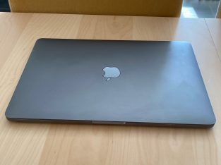 "MacBook Pro 13.3"" Touch Bar Gris Sidéral"