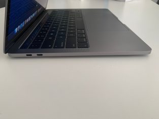 Macbook Pro 13″ 16Go Ram, 512Go SSD, I5 3.1Ghz
