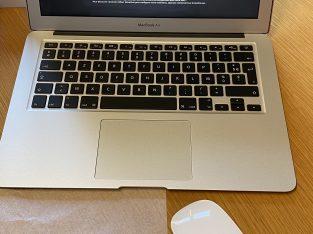 MacBook Air 13 pouces 2015, 8Go SSD256Go