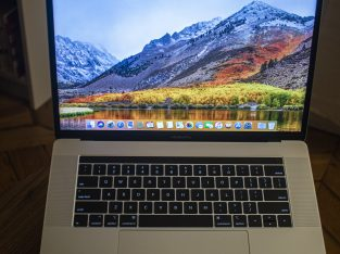 MacBook Pro 15″ 2018 2,6GHz QWERTY