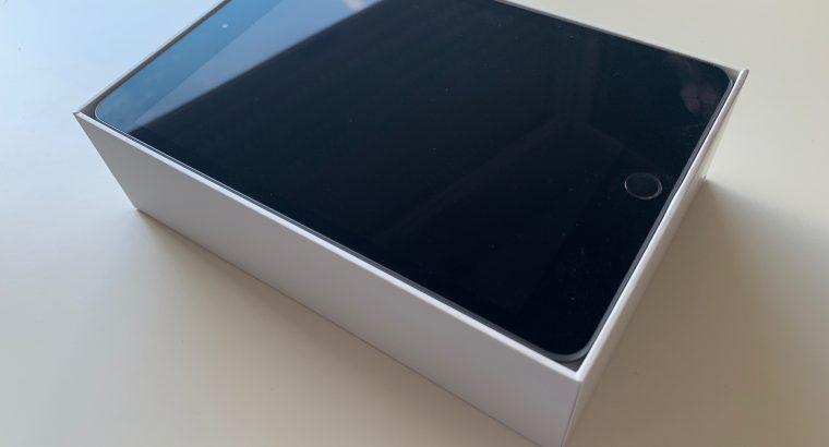 iPad mini 5ème génération Wifi 64Go Gris Sidéral